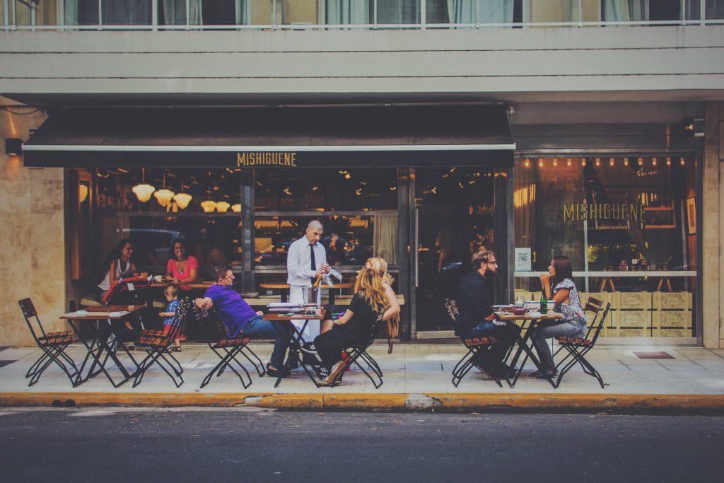 איך לנהל מסעדה? ניהול מסעדה בהצלחה 7 נקודות מרכזיות בניהול מסעדות